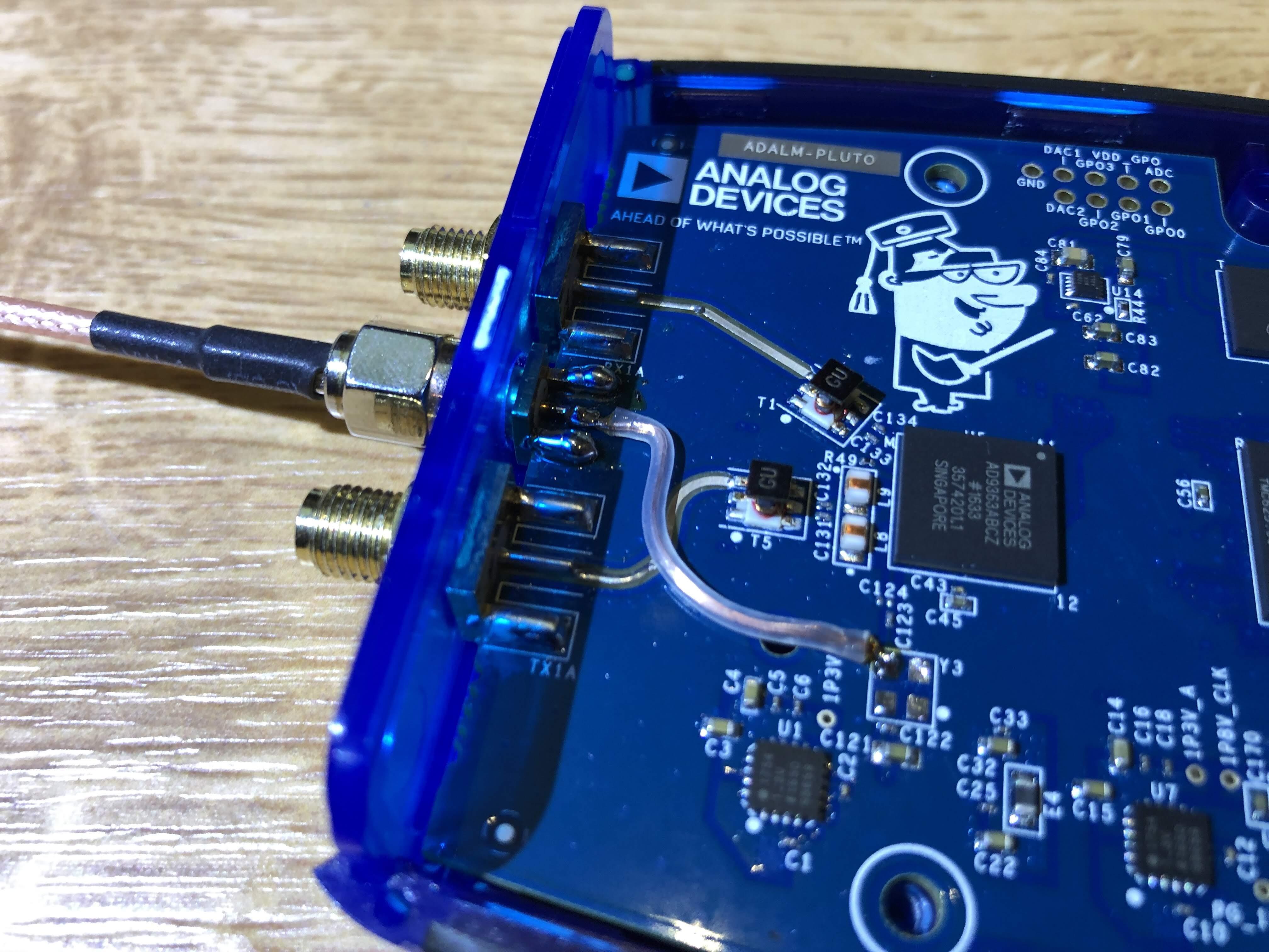 tbspace - PlutoSDR clock input